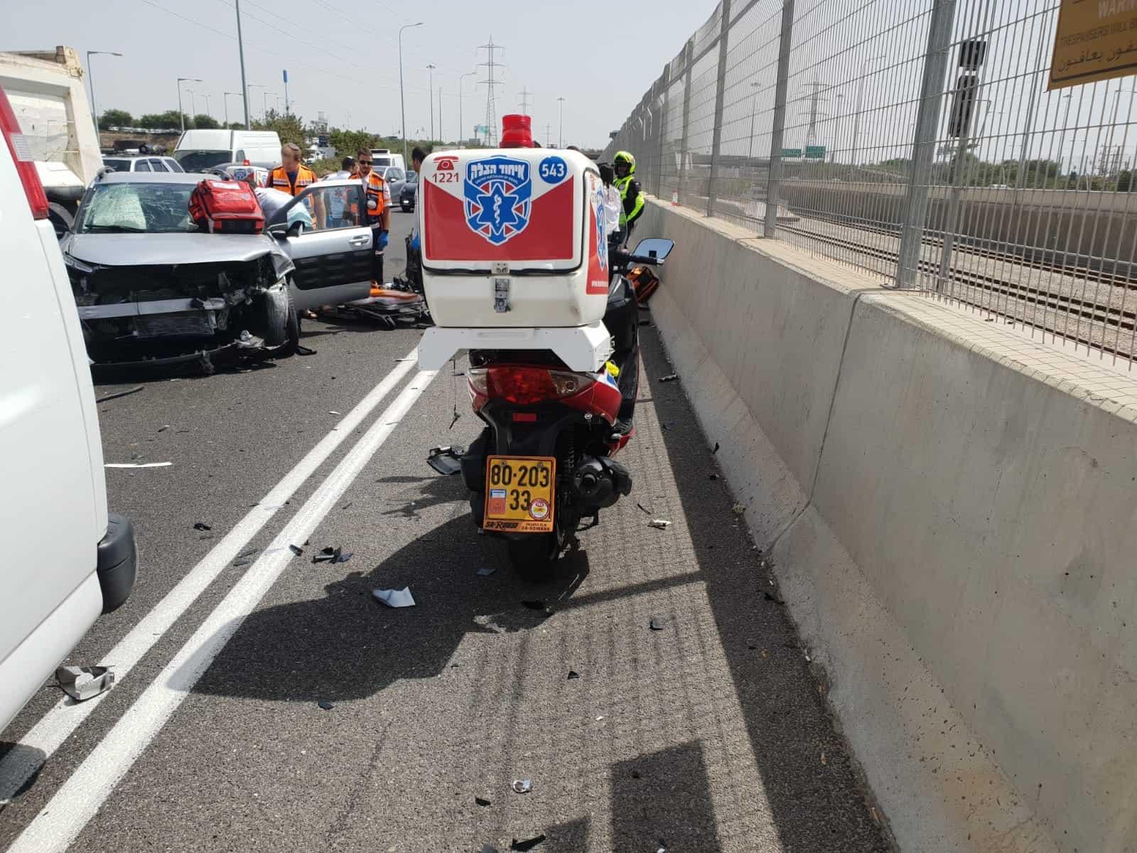זירת התאונה, צילום: דוברות איחוד הצלה