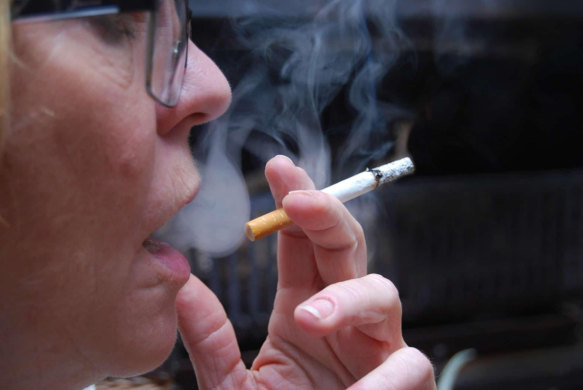אם תתקבל הצעת החוק קנסות כבדים יושתו על המעשנים, צילום אילוסטרציה